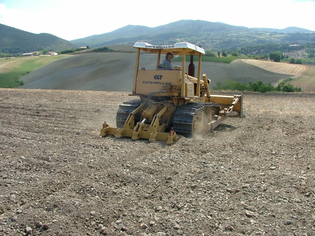 Panoramica dei lavori di preparazione dei terreni